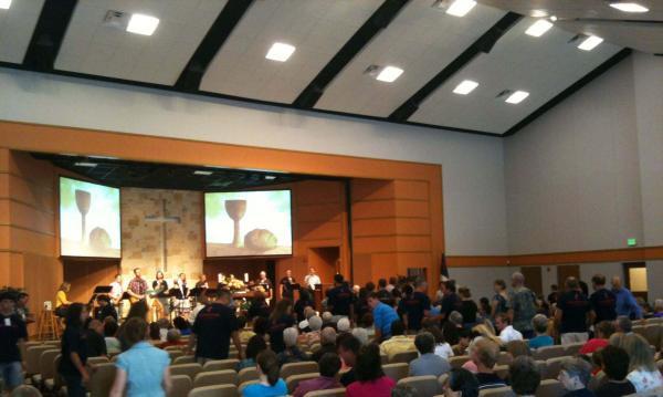 Foundation UMC, Temole Texas, Video Screen, Praise and Worship