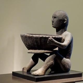 600px-Ifugao_sculpture_Louvre_70-1999-4-1.jpg