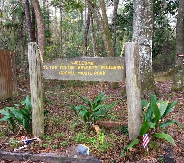 Bluegrass Garden Sign.jpg