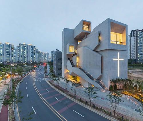 Closest Church at night CNB news.jpg