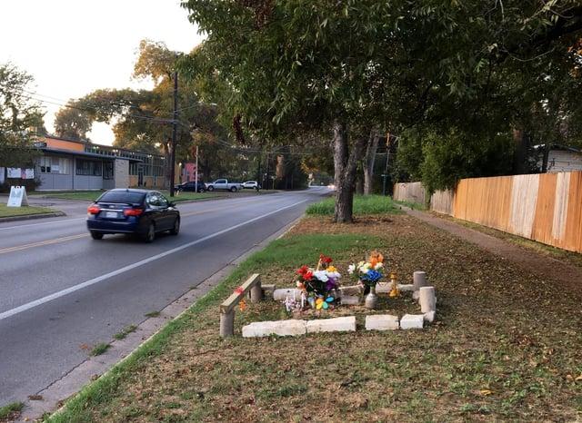Roadside Ofrenda East Austin.jpg