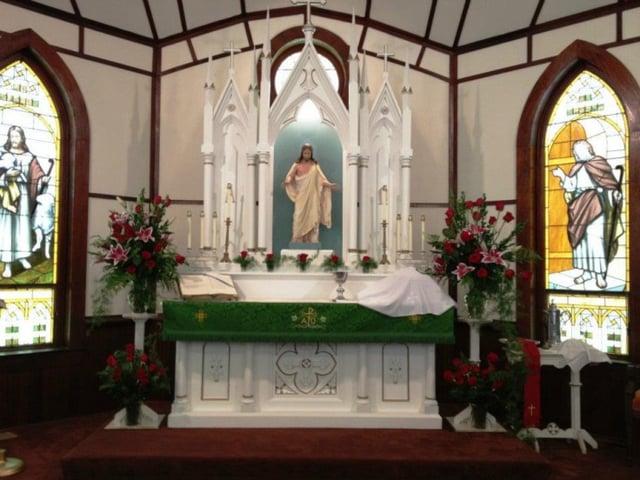 Trinity Frelsburg Altar.jpg