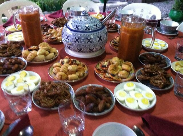 Iftar_Meal_in_Morocco.jpg