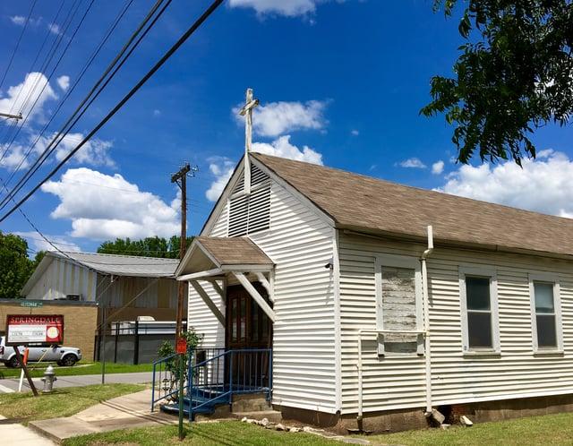 Springdale_Church_of_God_side_view.jpg