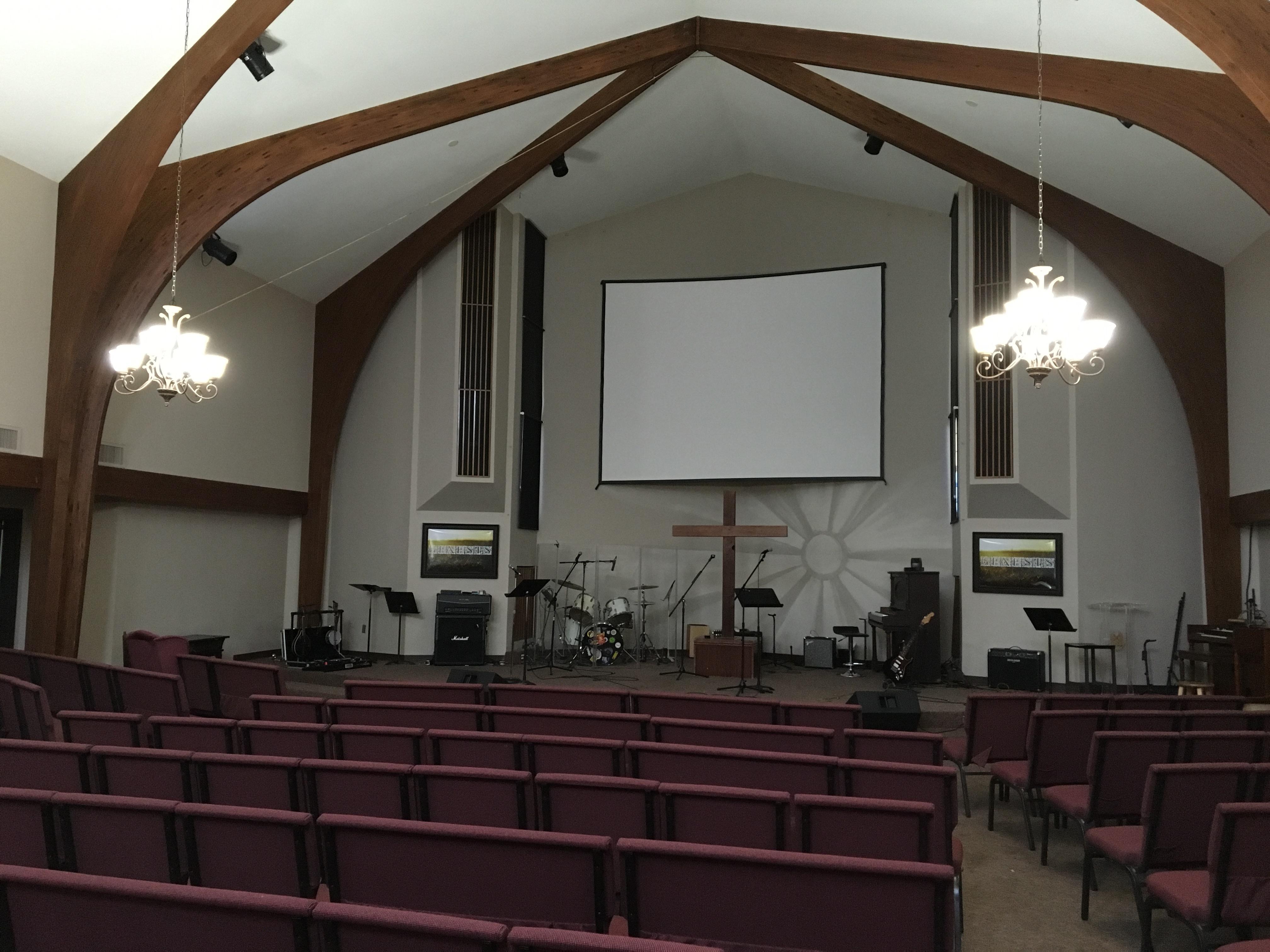 Sunrise_Church_Sanctuary.jpg