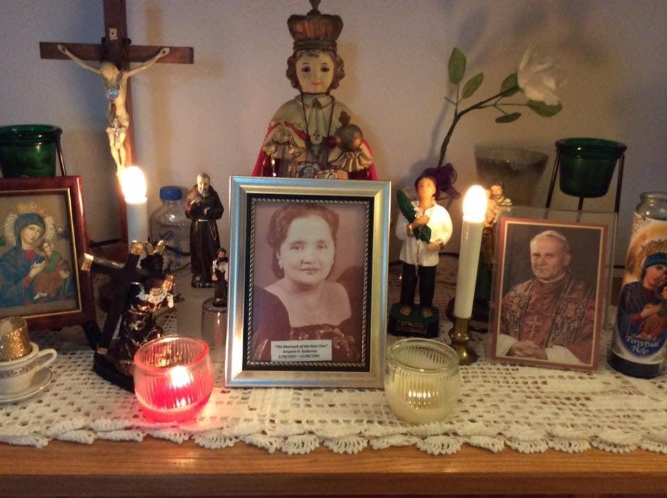 Teresita_Argeris_tribute_to_her_mother_.jpg