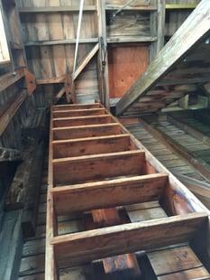 pulldown_stair1.jpg