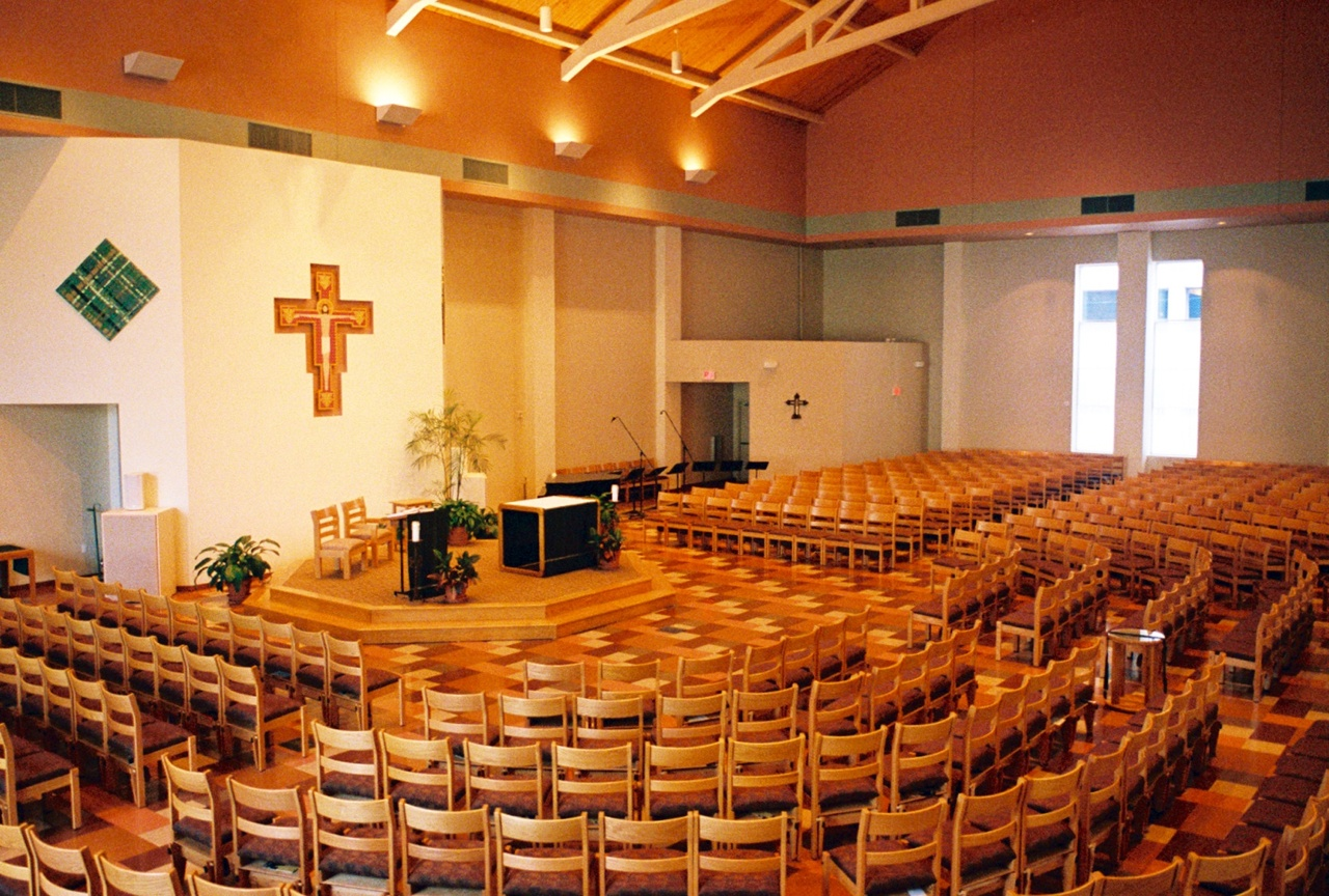 University_Catholic_Center_Interior.jpg