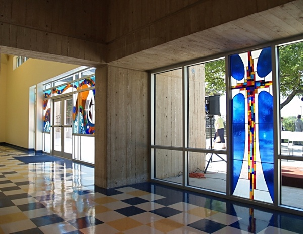 Northwest_Hill_UMC_FoyerStained_Glass-266766-edited.jpg