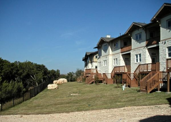 Twin_Creeks_Homes_Bluff_Rear.jpg