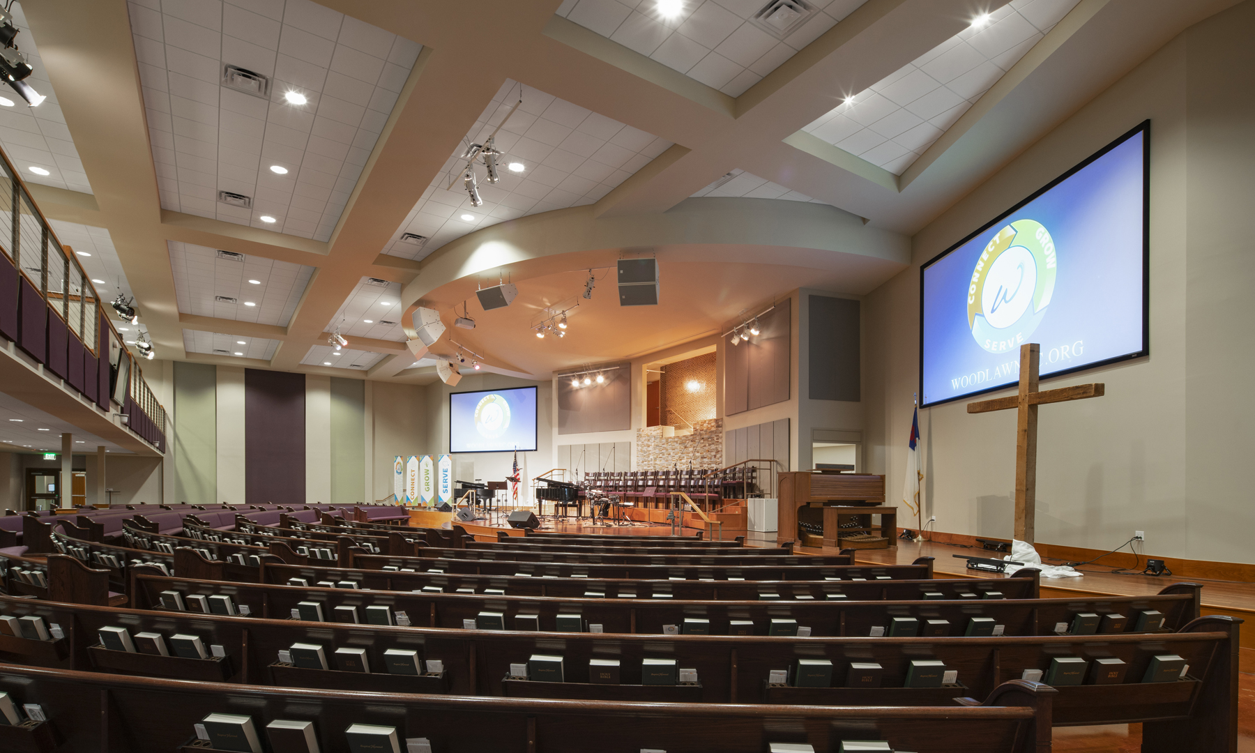 Woodlawn Baptist Church Sanctuary Curved Seating, Austin, TX, Heimsath Architects Church Design Specialists