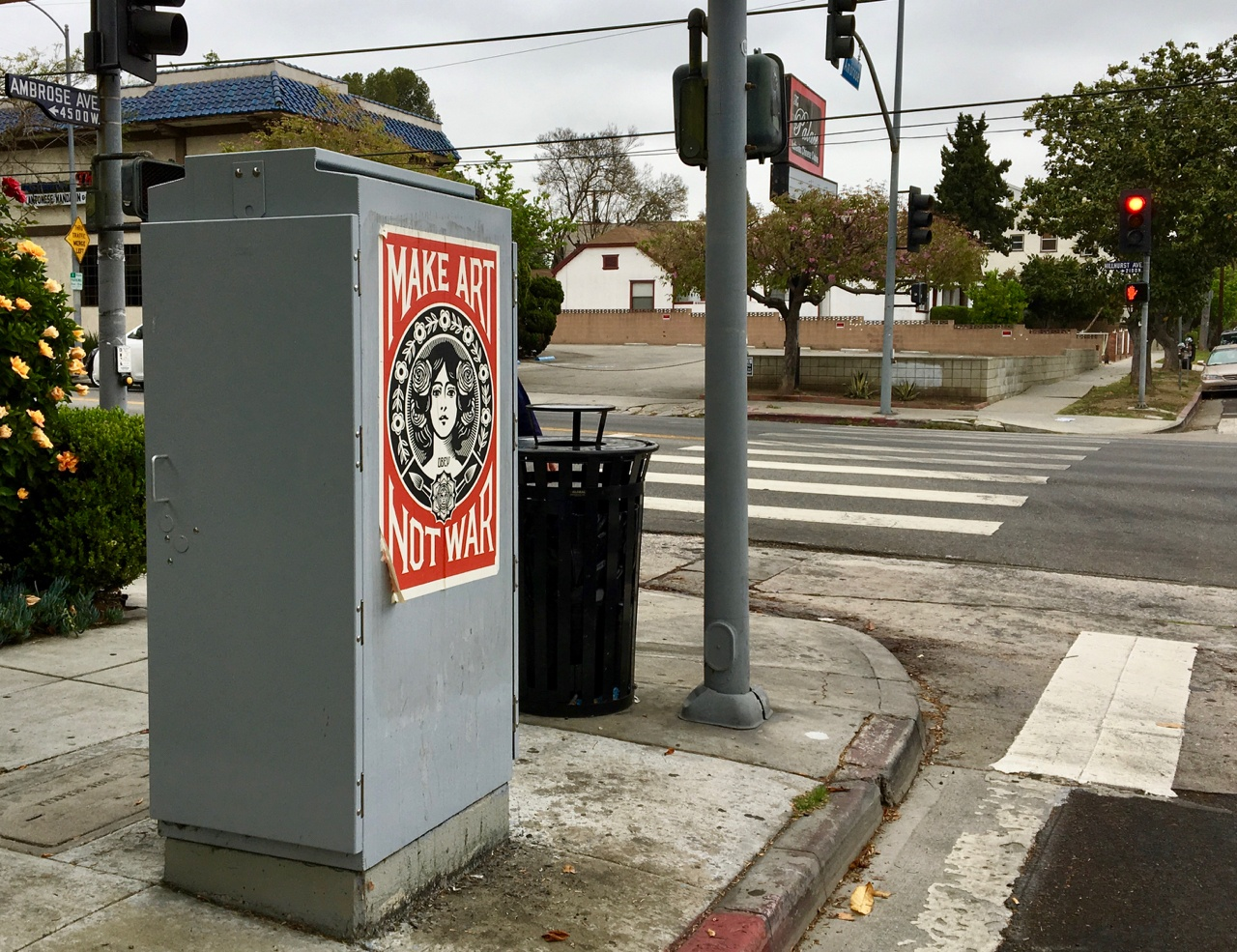 A Street Art Classic in Los Feliz - Make Art Not War