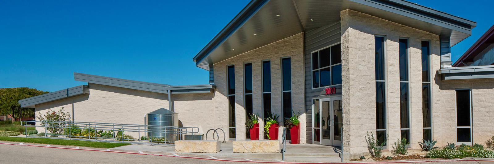 Wells Branch MUD Recreation Center, Heimsath Architects, Austin, Texas (6)