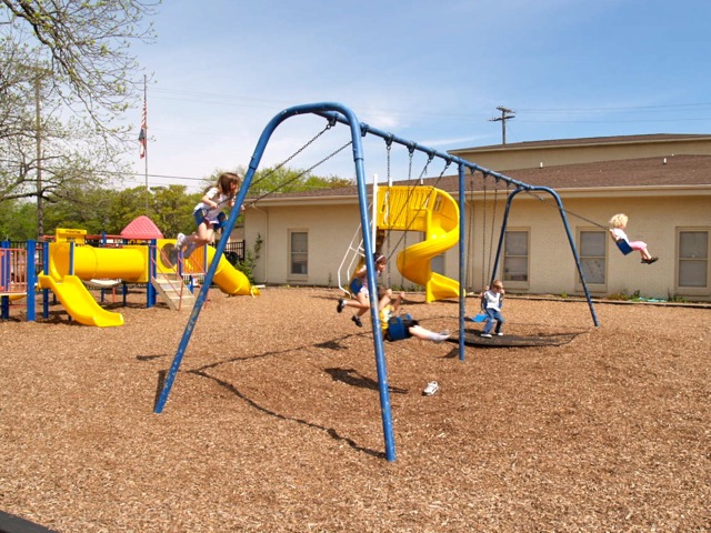 Christ_Episcopal_Church_Temple_Playground.jpg