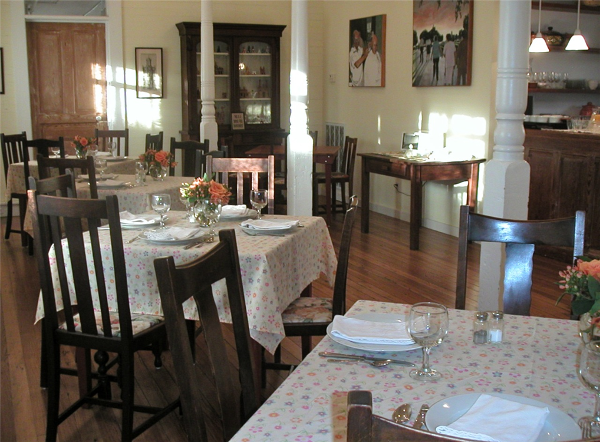 Country_Place_Hotel_Dining_Room.png