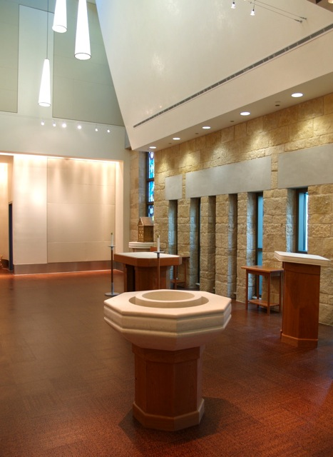 Dell_Maxwell_Chapel_Interior5.jpg