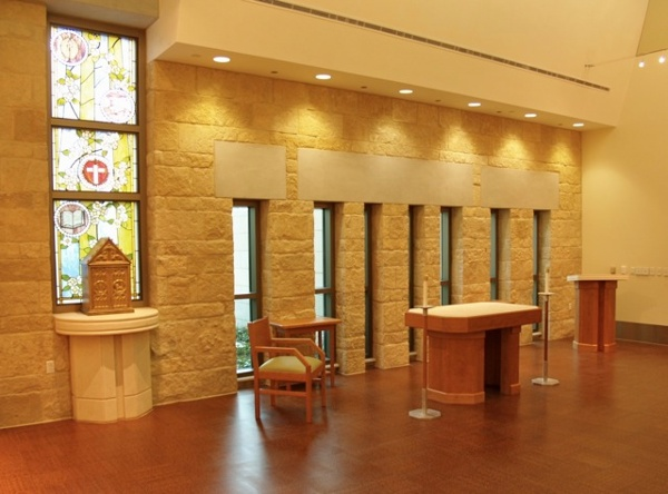 Dell_Maxwell_Chapel_Interior8.jpg