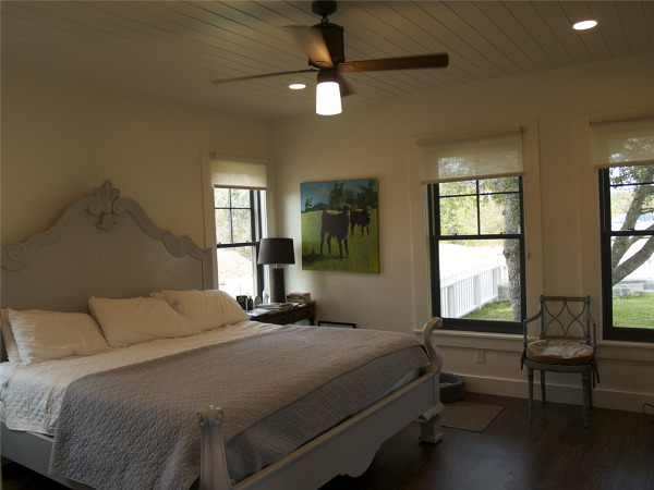 Fayette_County_Farm_House_Master_Bedroom.png