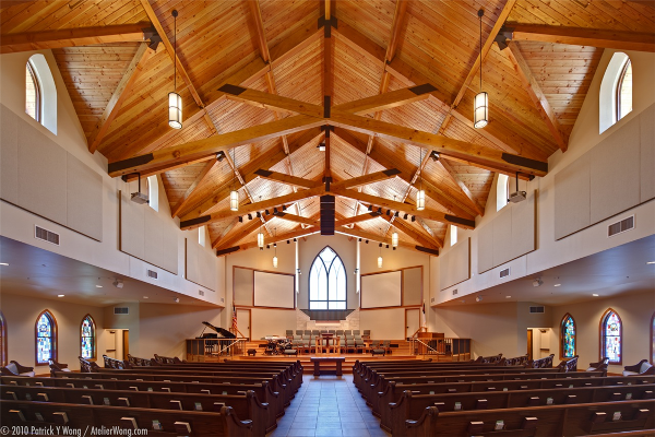 First_Baptist_Dripping_Springs_sanctuary_interior.png