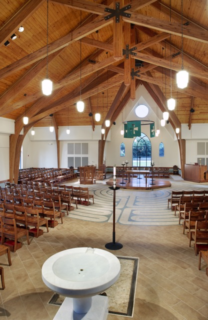 Center_Aisle_Seating_-_Holy_Trinity_Episcopal_NC.jpg