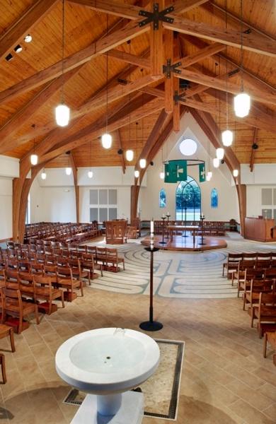 Center_Aisle_Seating_-_Holy_Trinity_Episcopal_NC.jpg