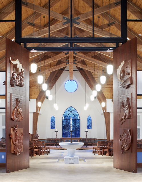 Holy-Trinity-NCworshipdoors-and-font.jpg