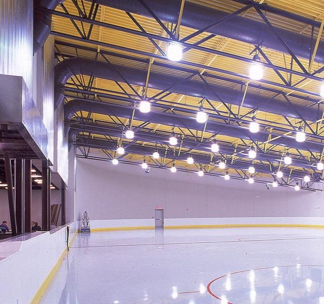 Millenium_Center_skating_rink.jpg