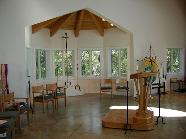 Multi_Use_Set_For_Worship_-_St_Francis_by_the_Sea_NC.jpg