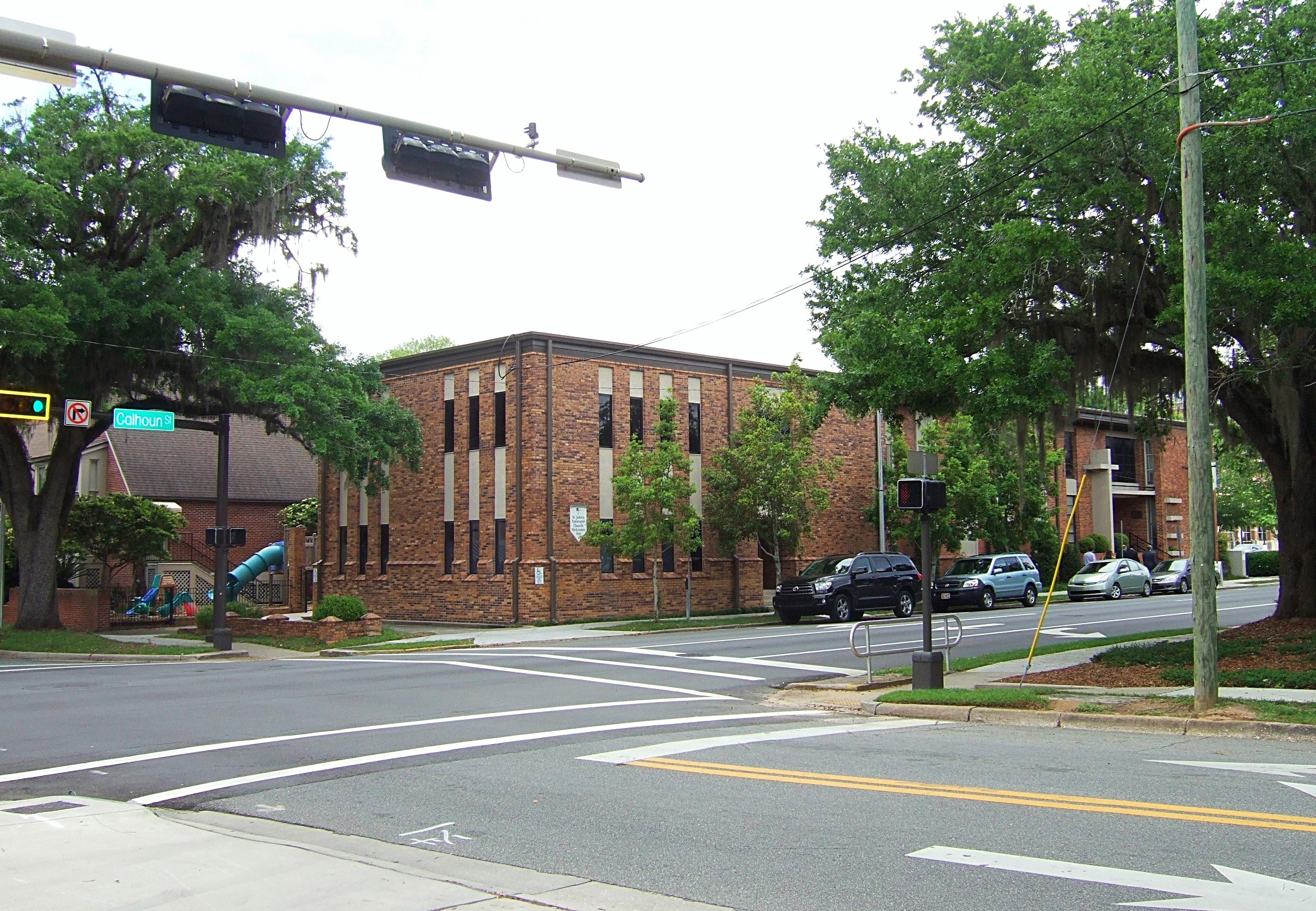 St_Johns_Existing_Calhoun_and_Call_Street_Entrance-175788-edited.jpg